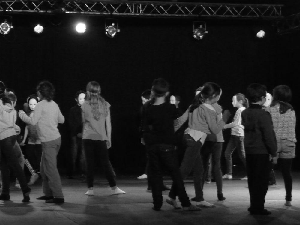 les-ptits-lezarts-residence-artiste-ecole-danse-compagnie-tacto-tempo